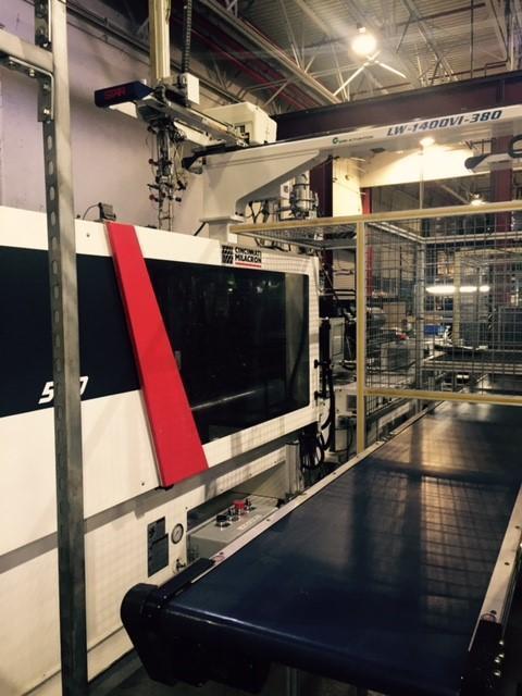 Cincinnati Milacron MTS-500 Used Injection Molding Machine, 500 US ton, Yr. 2013, 30 oz.