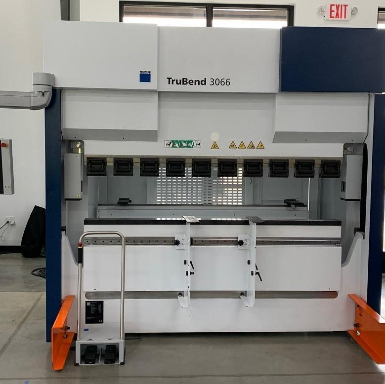 """73 Ton X 80"""" CNC Hydraulic Press Brake with Trumpf/Delem T3500T Control, 4 Axis Backgauge (X, R, Z1, Z2), TRUMPF Quick Clamping, Integrated Crowning."""