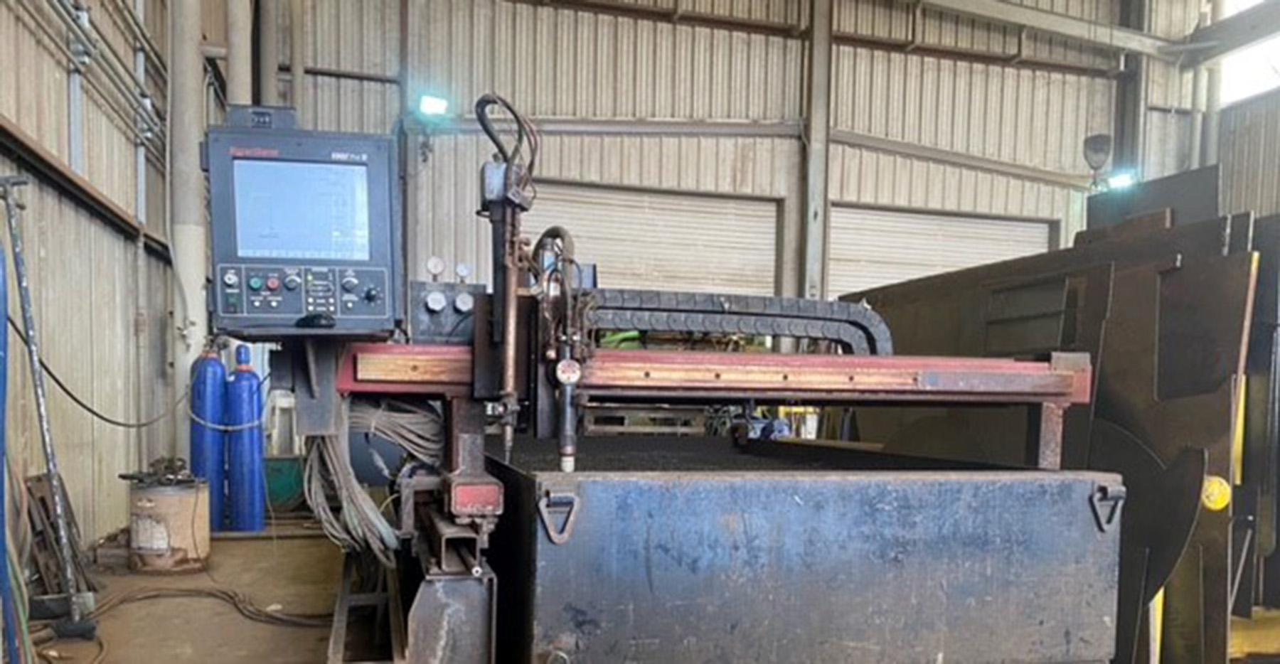 USED, KOIKE ARONSON PLATE PRO 1500 PLASMA CUTTING TABLE WITH HYPERTHERM HT2000 LHF POWER SOURCE