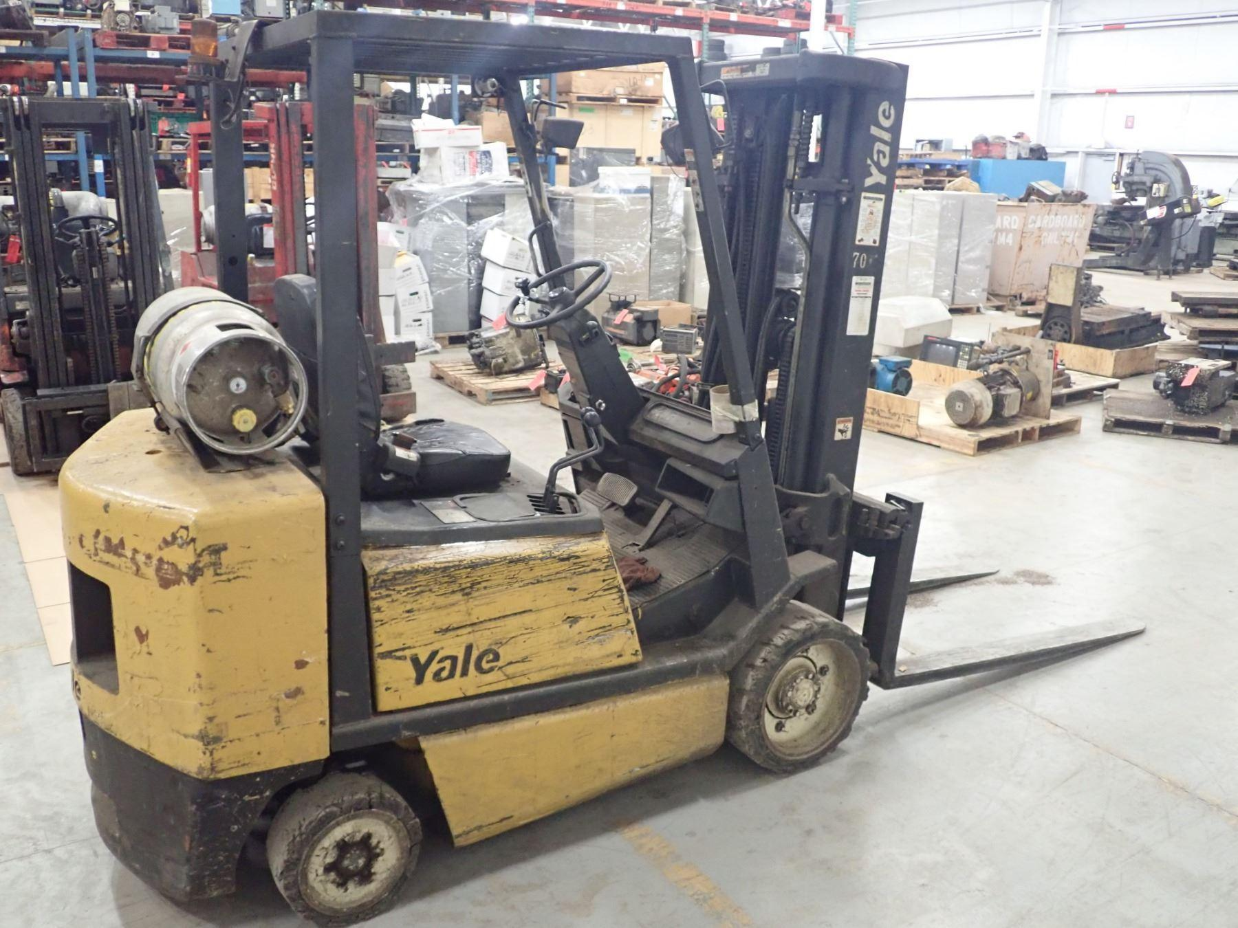 6000 LBS YALE FORKLIFT: STOCK #72713