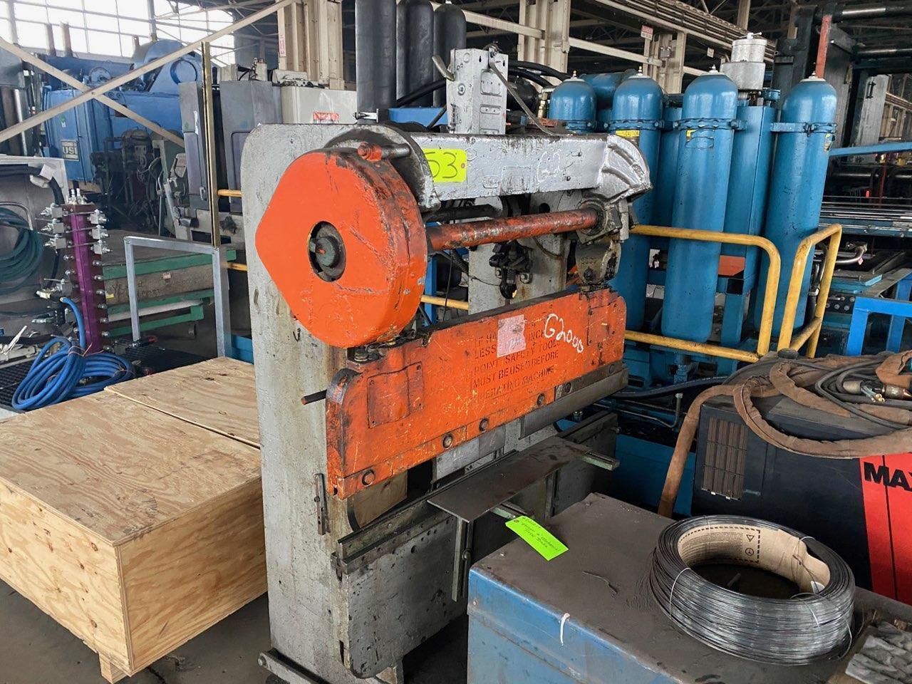 Verson 25 ton x 6' Mechanical press brake.