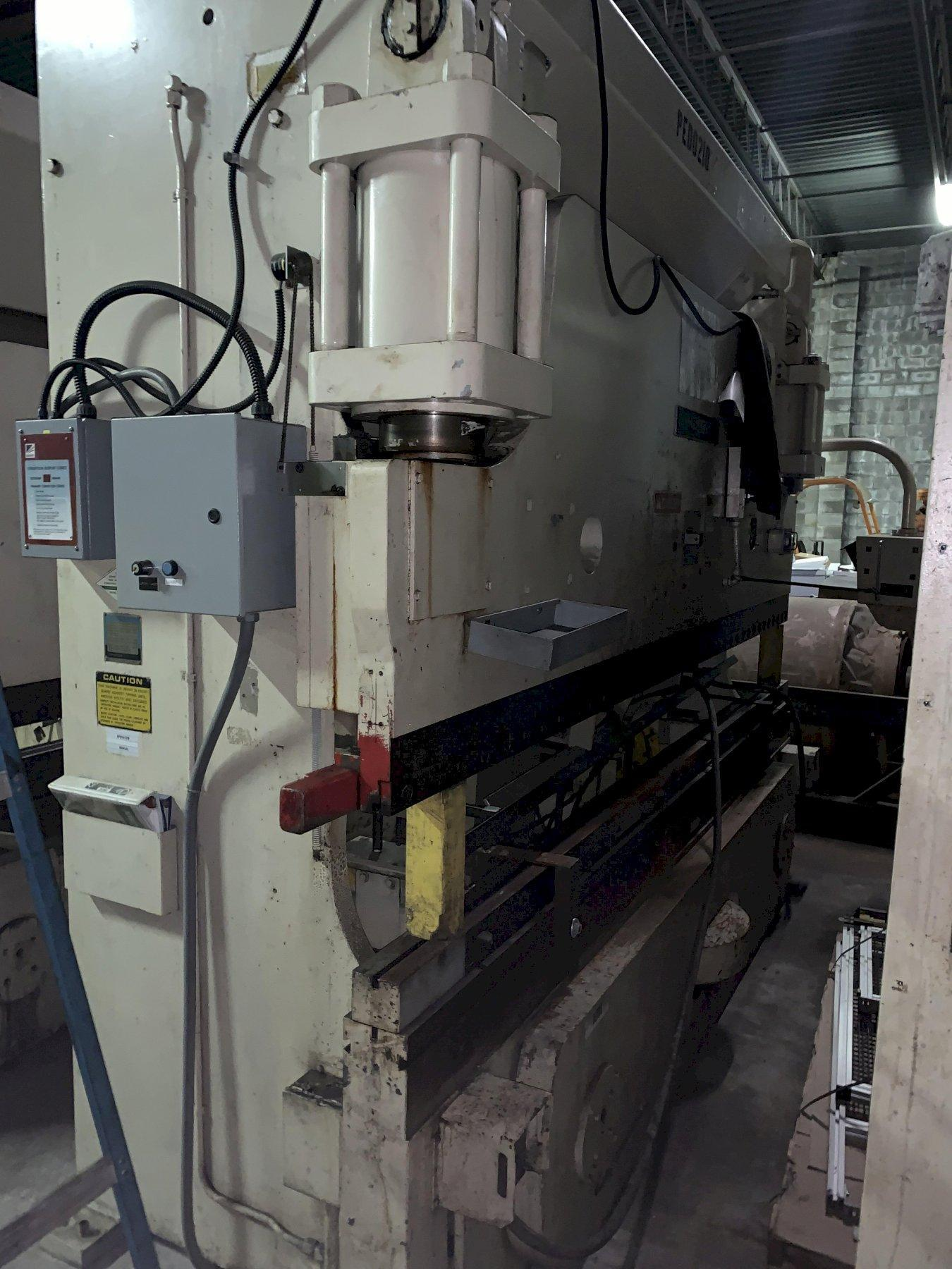 175 Ton x 12' Cincinnati Auto Shape Hydraulic Press Brake