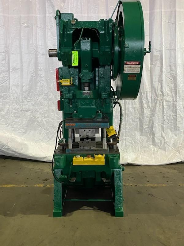 60 TON MINSTER # 6 OBI PRESS. STOCK # 1122419