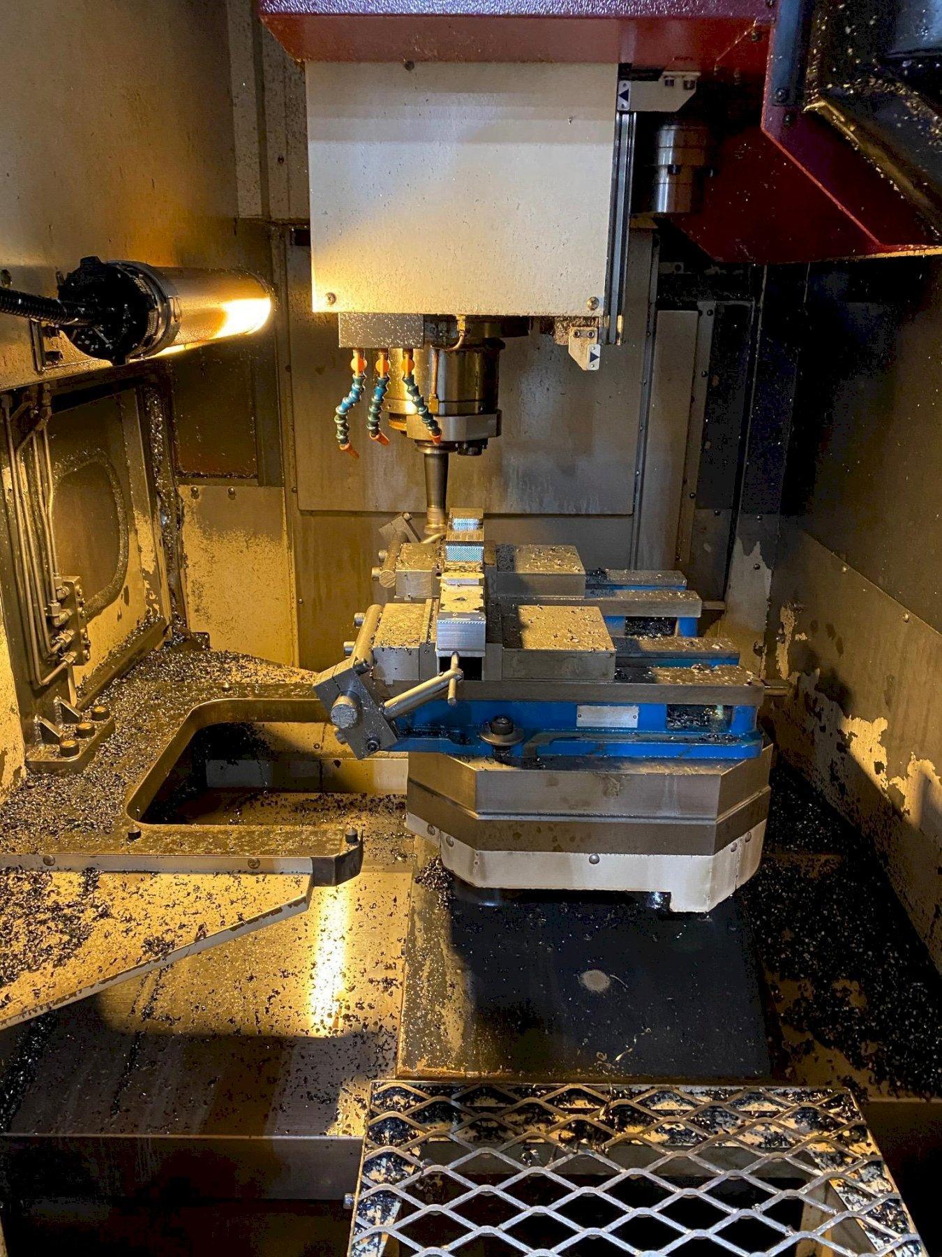 OKK VP400 CNC Vertical Pallet Changing Machining Center
