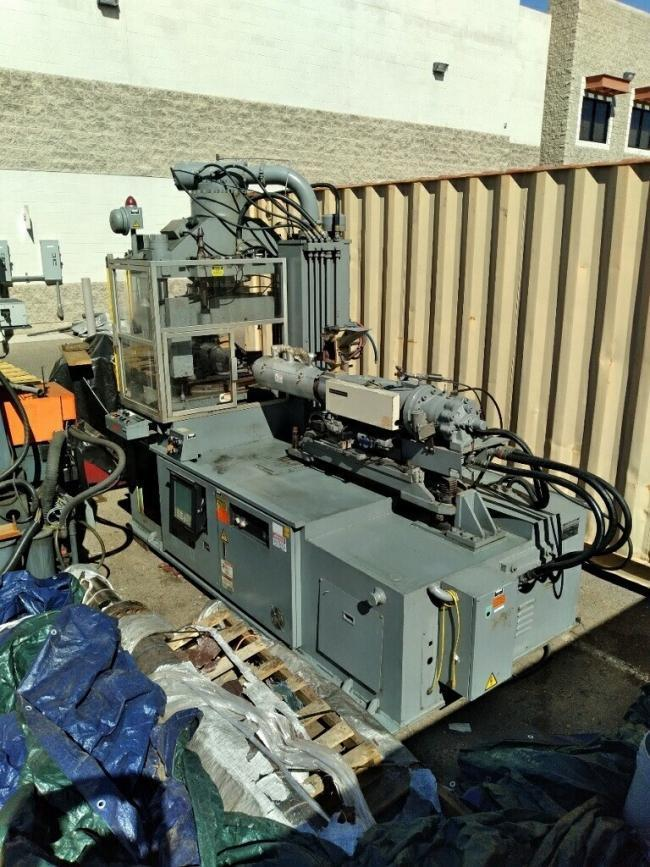Nissei Used TD100C18ASE Vertical Clamp Injection Molding Machine, 110 US ton, Yr. 1999, 6.1 oz