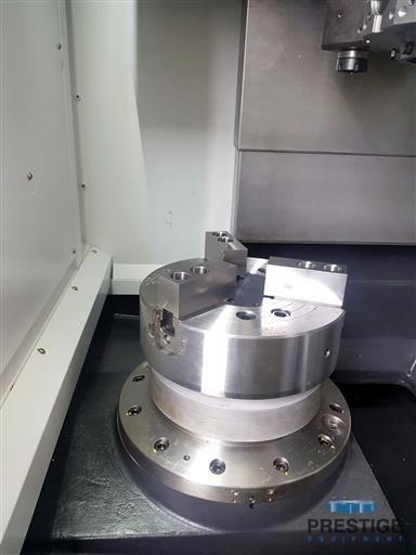 HYUNDAI WIA LV-500RM CNC Vertical Center