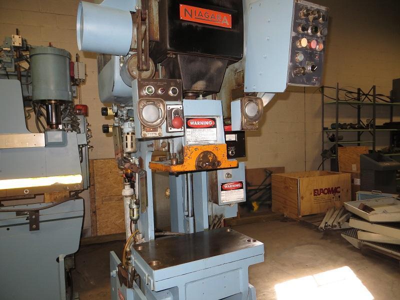 Used 35 Ton, Niagara Press OBI Geared Press, Model M-35
