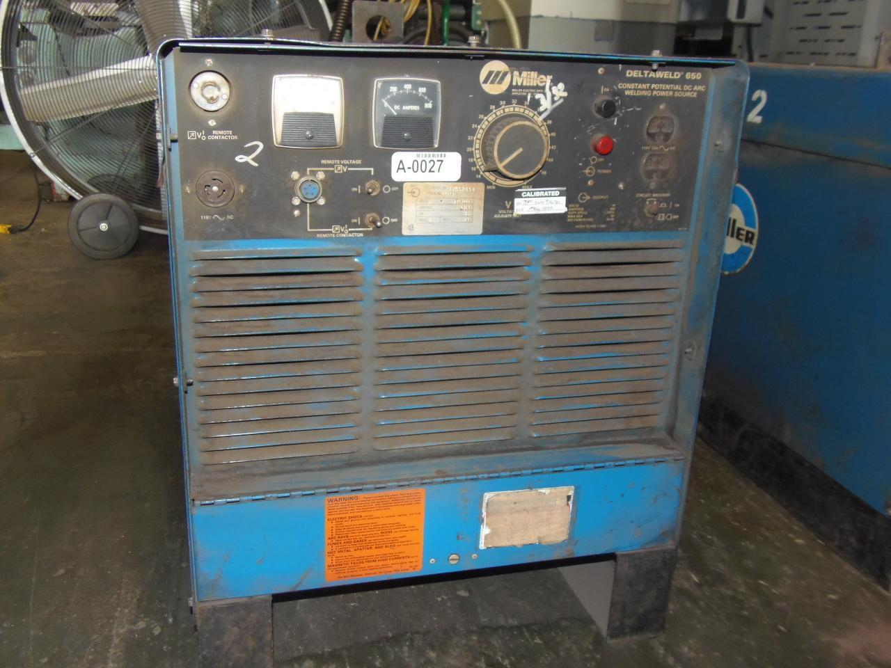 Miller 650 Amp Wire Feed Welder, Model Deltaweld 650 with D52 Wire feeder