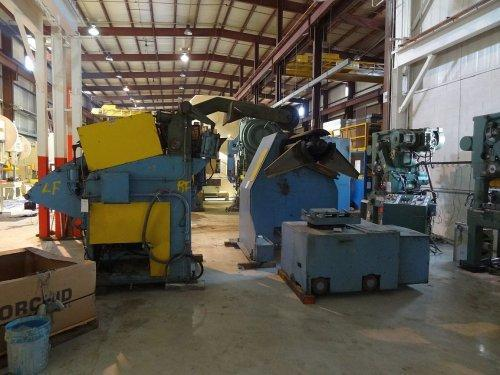 "20,000 Lbs. x 36"" Automatic Feed Co. Coil Reel and Powered Straightener"
