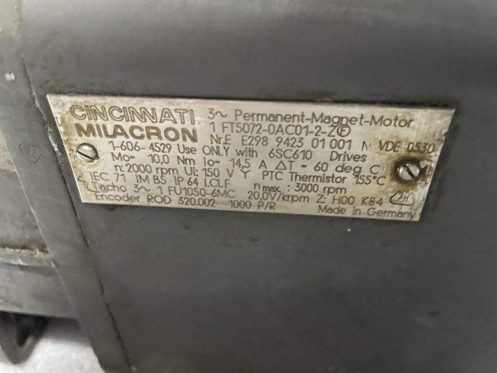 SIEMENS SERVO MOTOR 1FT5072-0AC01-2-Z Milacron # 1-606-4529