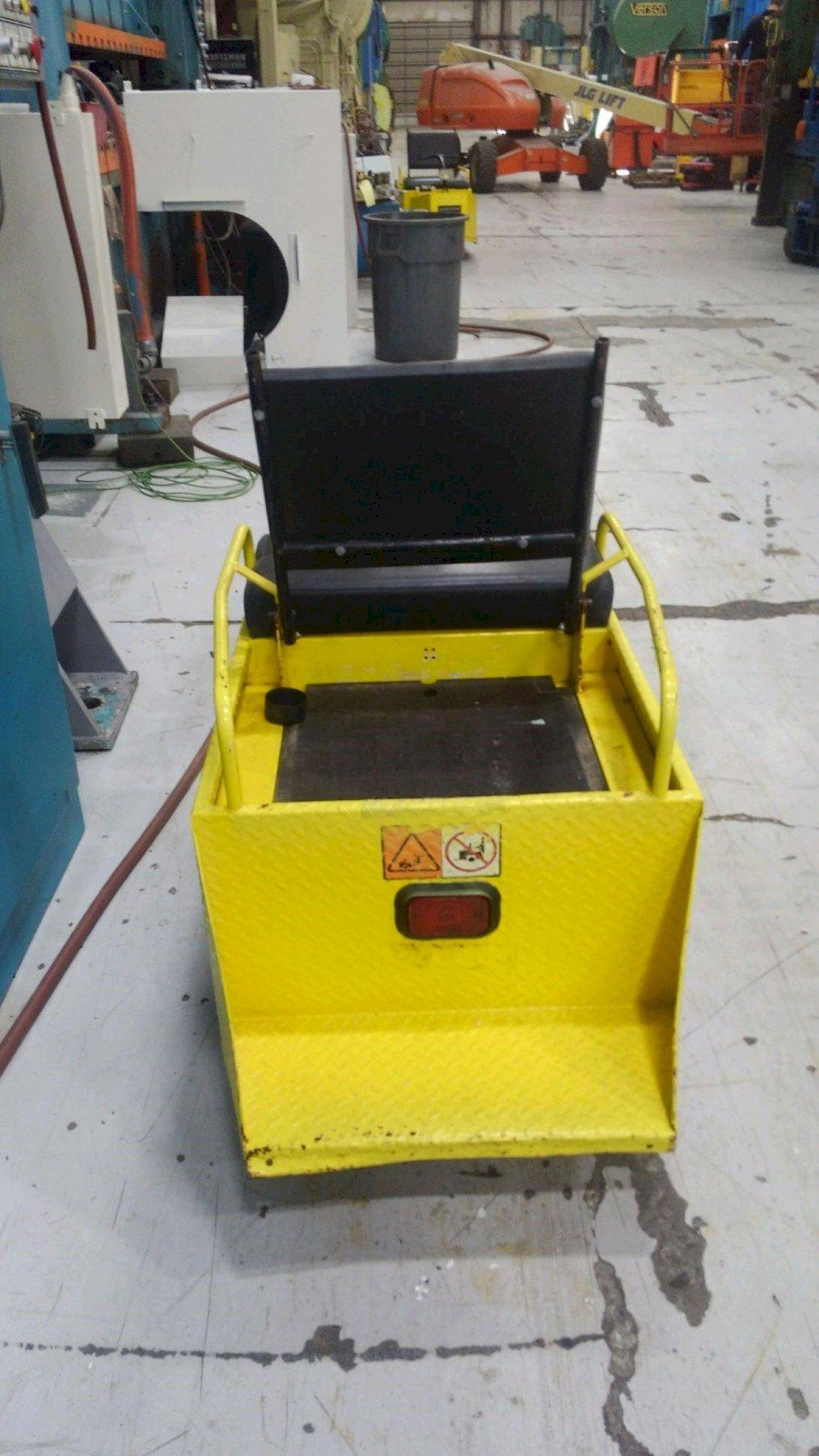 Cushman Minute Miser Electric Utility Cart