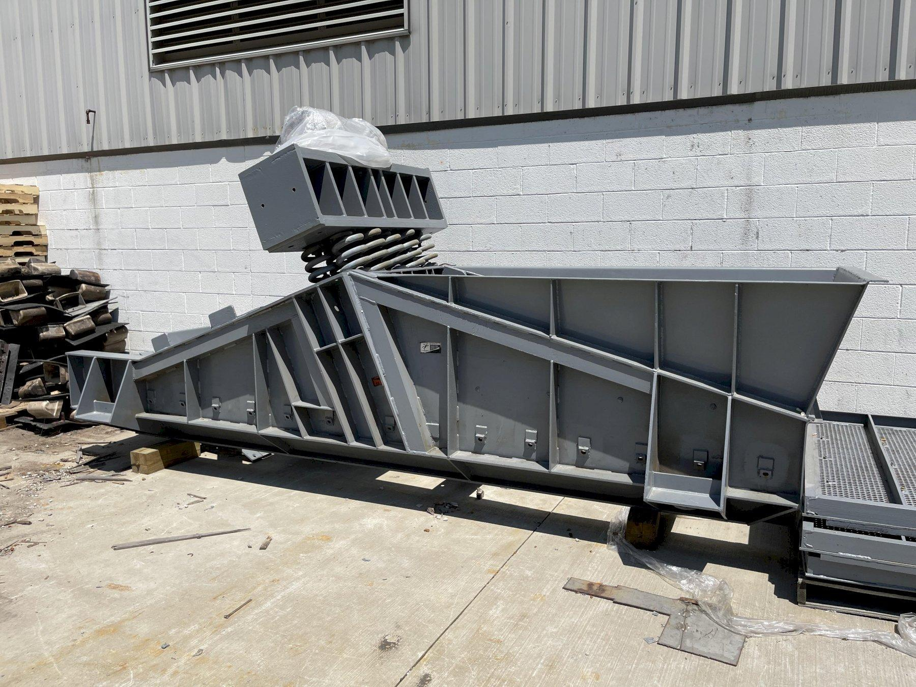 G/K 15' top drive shakeout with 2.7 hp drive, new upper and lower decks