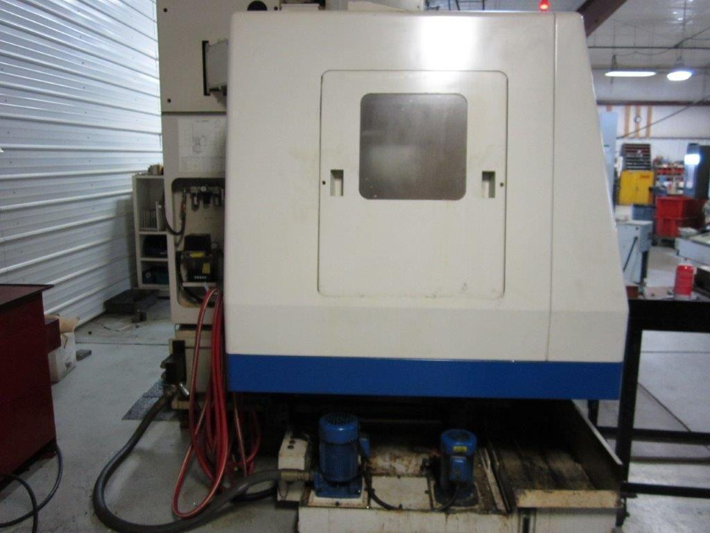 2001 Daewoo Mynx 500 CNC Vertical Machining Center