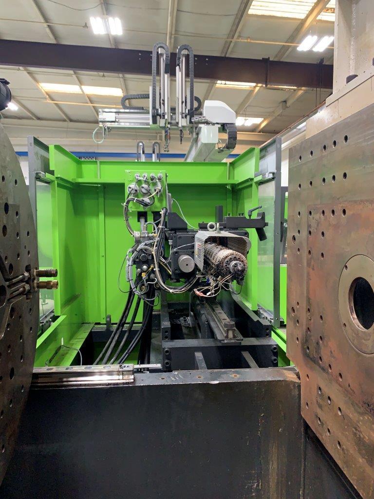 Engel VC 330H / 200L / 160 ton Two Material Molding Machine, 460V,  Yr 2014, 2.8 and 2.4 oz.