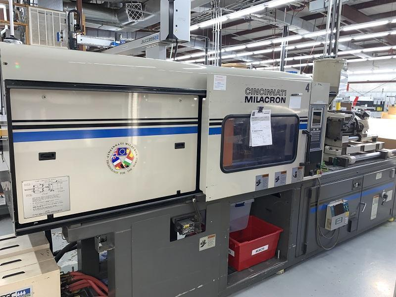 Cincinnati Milacron Used VT-165 Injection Molding Machine, 165 US ton, Yr. 1997, 13 oz.