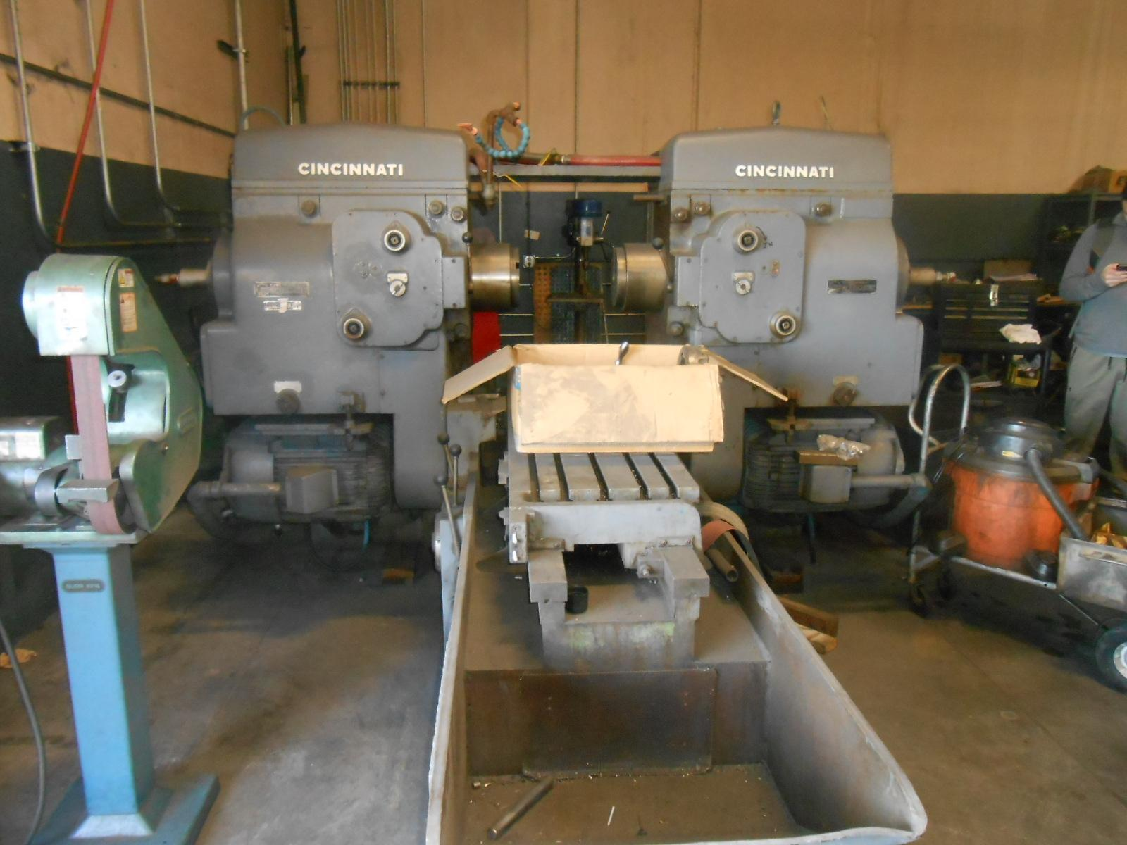 430-186 Cincinnati Ram Type Hypowermatic Duplex Production Milling Machine