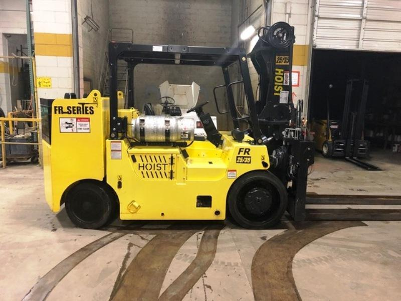 NEW HOIST MODEL FR 25-35 LIFT TRUCK