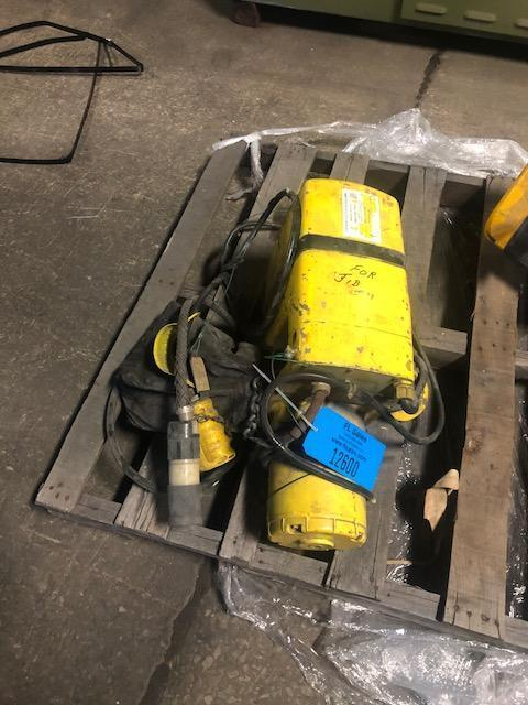 YALE 1 TON ELECTRIC HOIST WITH PENDENT CONTROLS