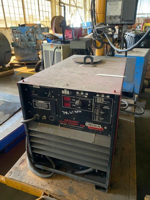 Lincoln IDEALARC PULSE POWER 500 Welder