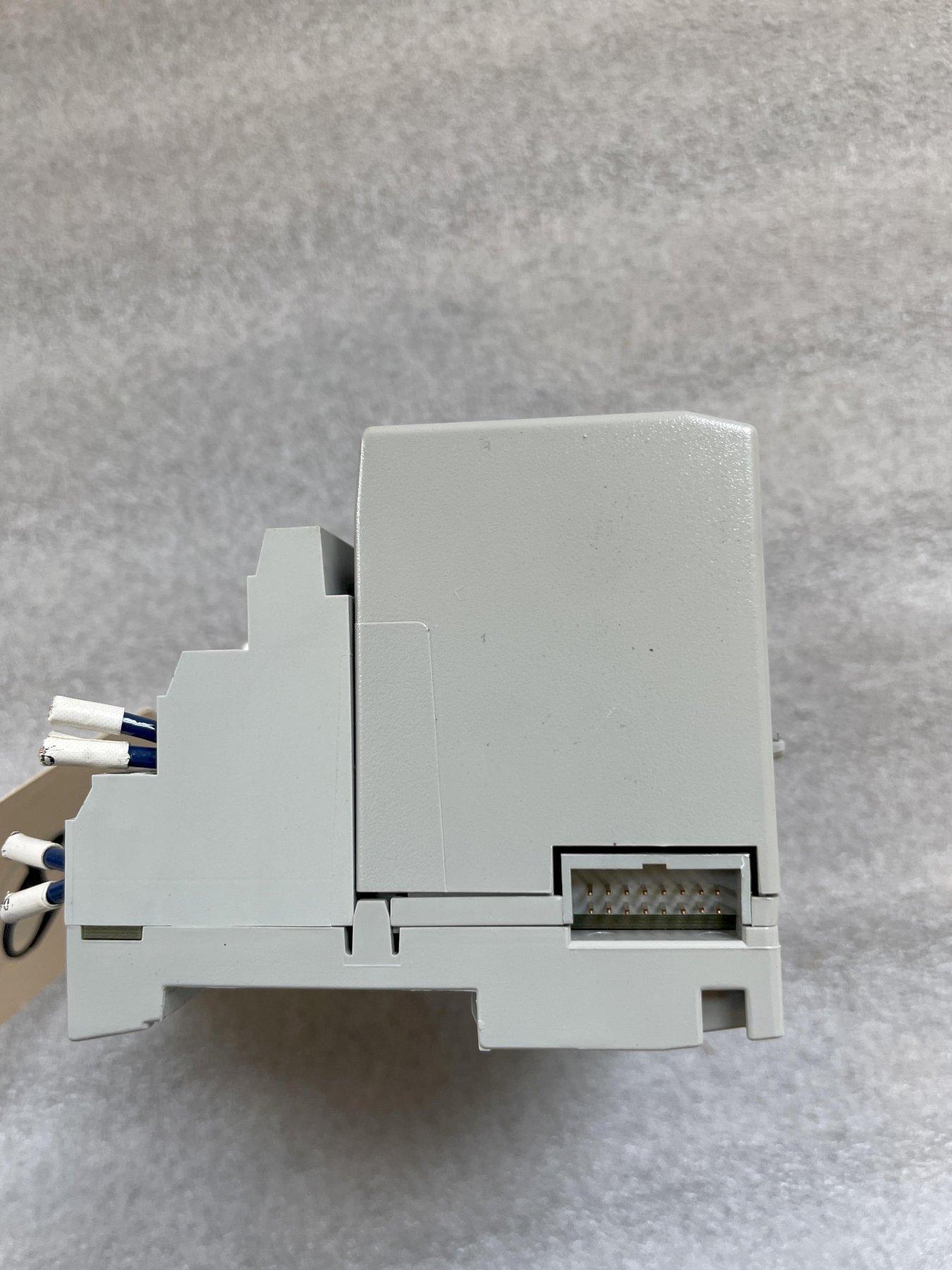 ALLEN BRADLEY Flex I/O 1794-OF4I Isolated Analog Output Module