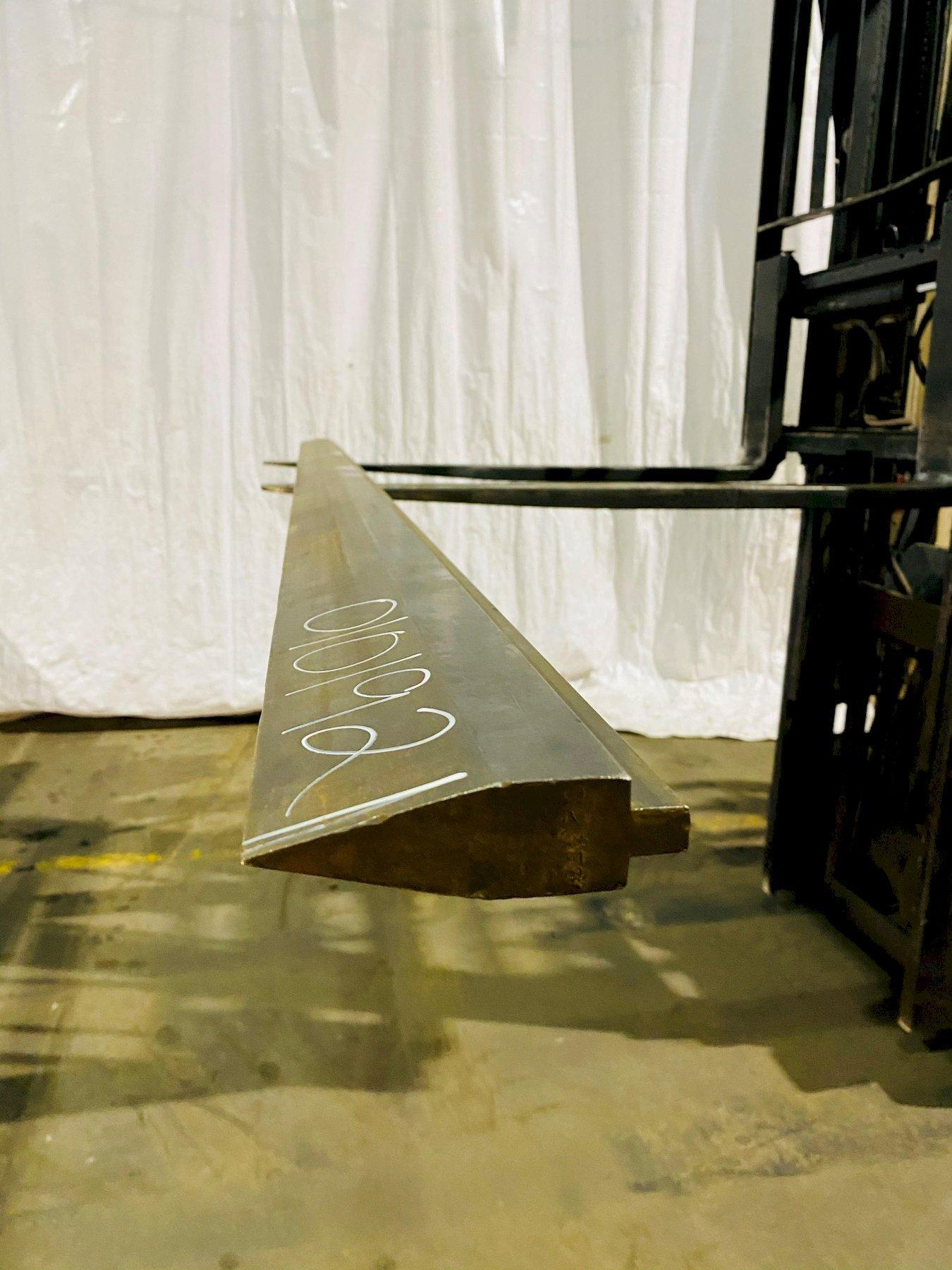 "10'6""(126"") PRESS BRAKE TOP ACUTE MALE V-DIE. STOCK # 0101921"