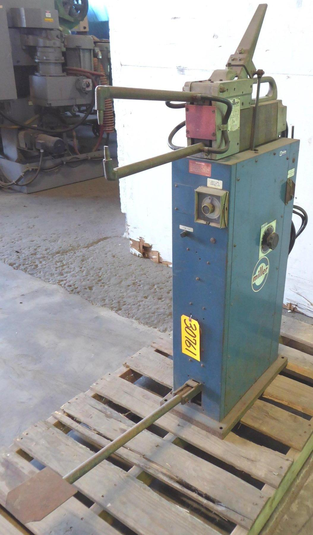 "20 KVA Miller Portable Spot Welder Model MPS 20 FT, 12"" Throat, 460 Volt"