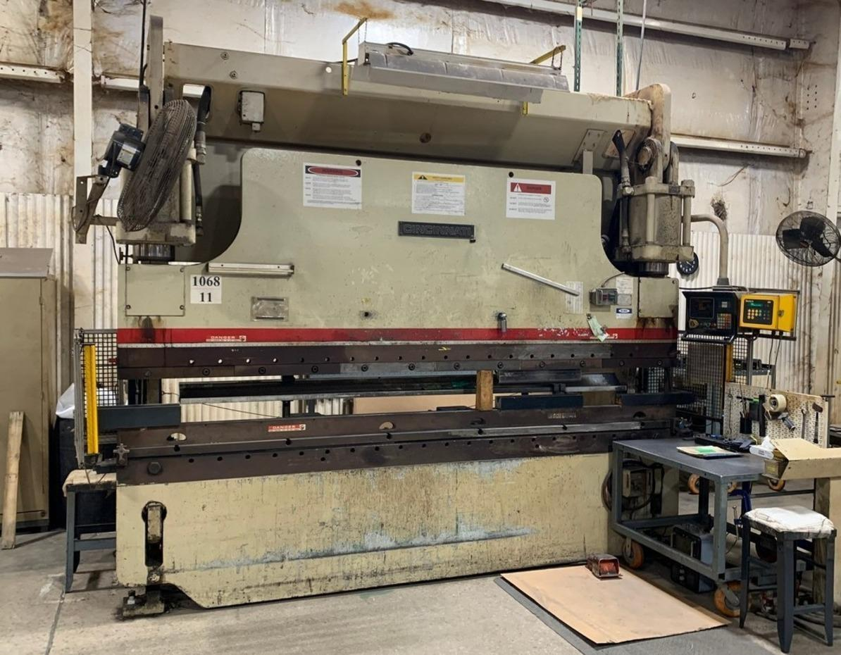 230 TON X 12' CINCINNATI PRESS BRAKE