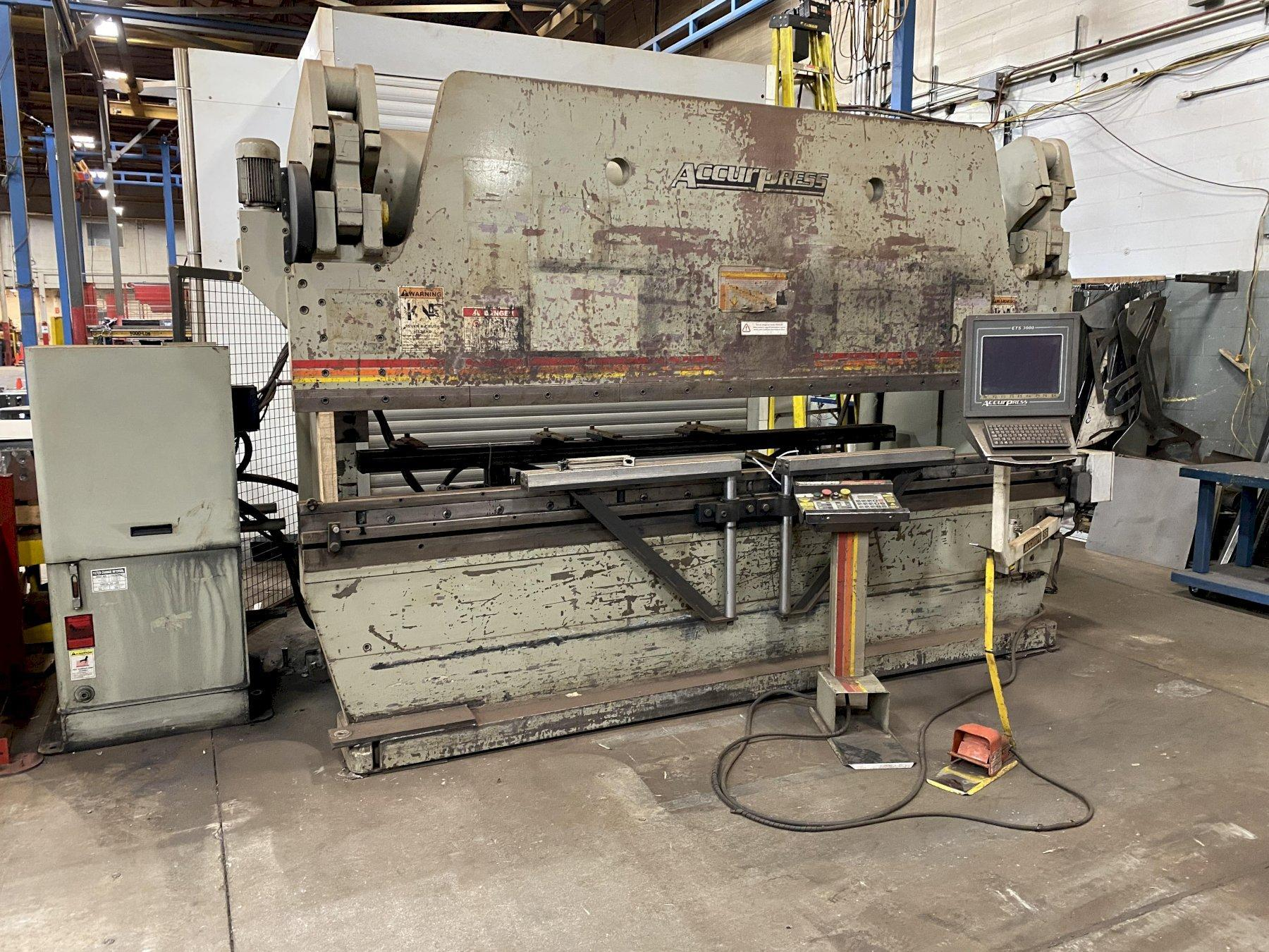 250 TON X 12' ACCURPRESS MODEL #725012 HYDRAULIC PRESS BRAKE: STOCK #13047