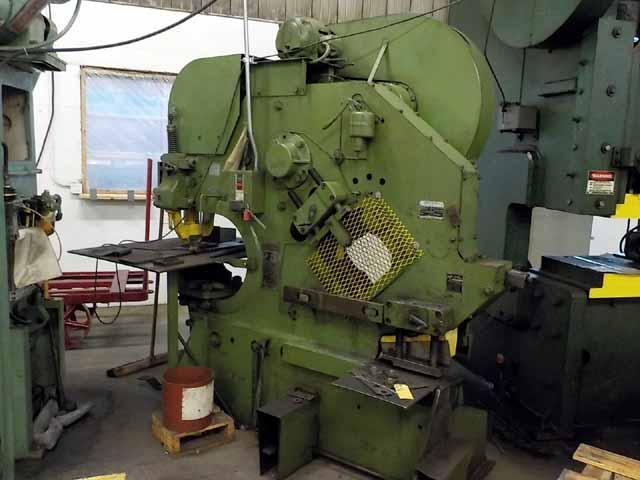 m212x, Buffalo, 2½, Buffalo Model 2½ Mechanical Ironworker,