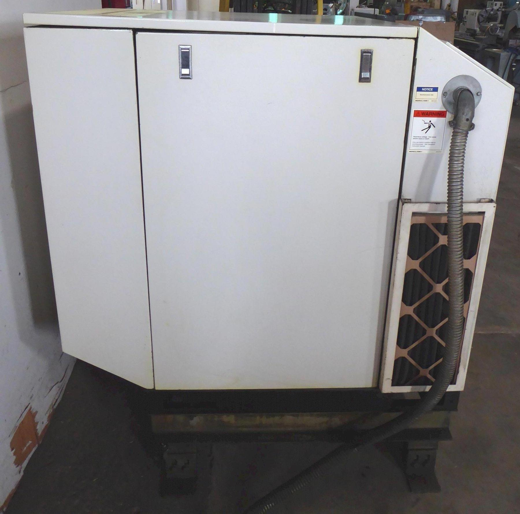 95 CFM, 125 PSI, 25 HP Ingersoll-Rand Rotary Screw Air Compressor SSR-EP25SE