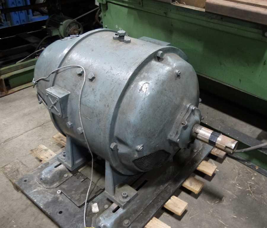 Motor, 30 HP DC, Burton