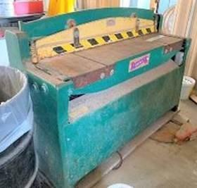 "52"" x 10 Ga. National Shear NH5210, Hydraulic, Back Gauge"