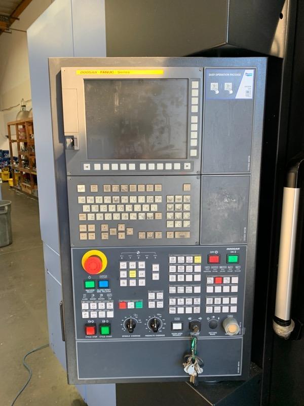 Doosan HC-400II HMC 2018 with: Fanuc Control, Full 4th Axis, Tool Presetter, Big Plus CT40 Taper, 12k RPM, 60-ATC, TSC, and Chip Conveyor.