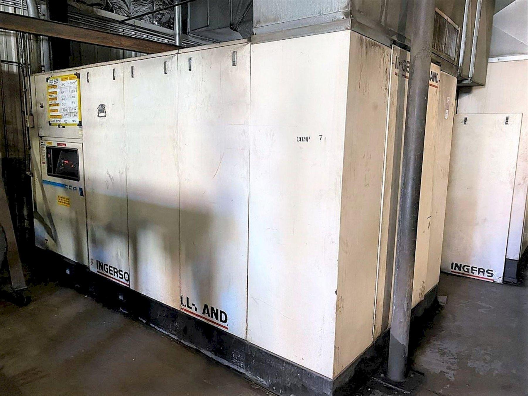 300 HP (1500 CFM) INGERSOLL RAND MODEL SSR-XFE300 ROTARY SCREW AIR COMPRESSOR: STOCK #13544