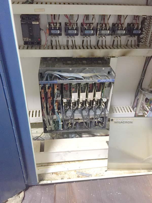 """CINCINNATI 30V 5-AXIS AEROSPACE, Siemens Acramatic 950 CNC Control, X=480"""", Y=64"""", Z=24"""", A & B Axis 50 Degree, 30HP, 3600 RPM, New 1998."""