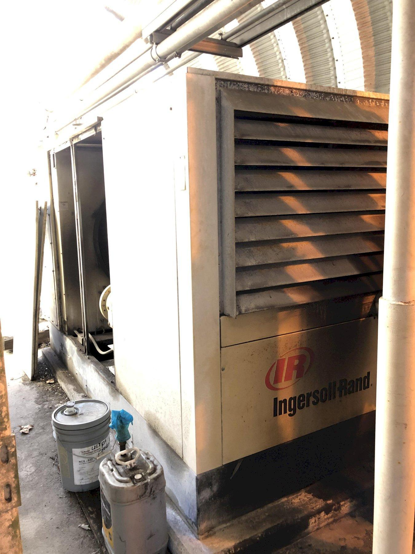 2003 Ingersol Rand model ssr-ep125 screw type air compressor s/n f38712u03122 rated at 125 hp, digital readouts