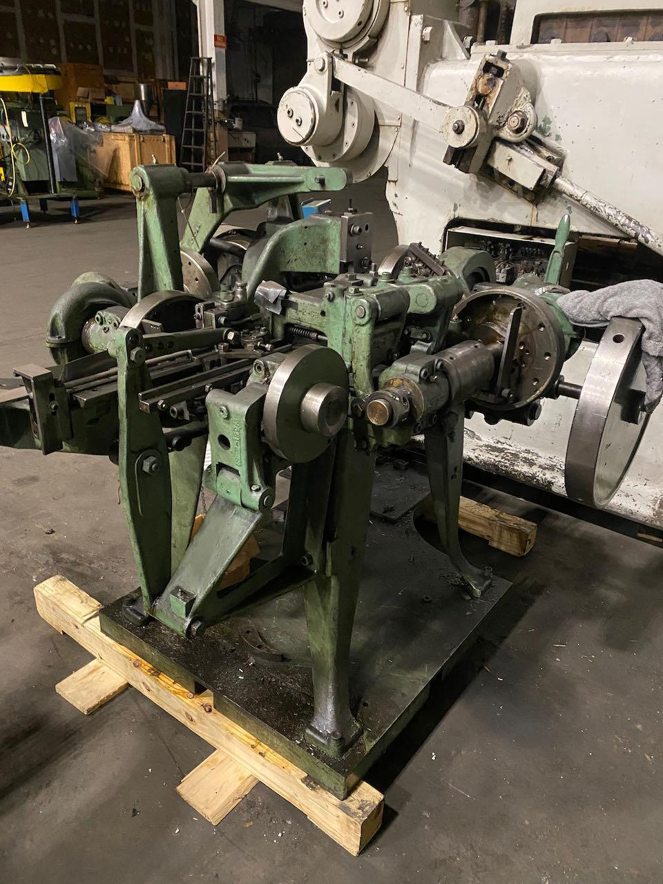 """1/8"""" Nilson Model S-2 Fourslide Wire Forming Machine"""