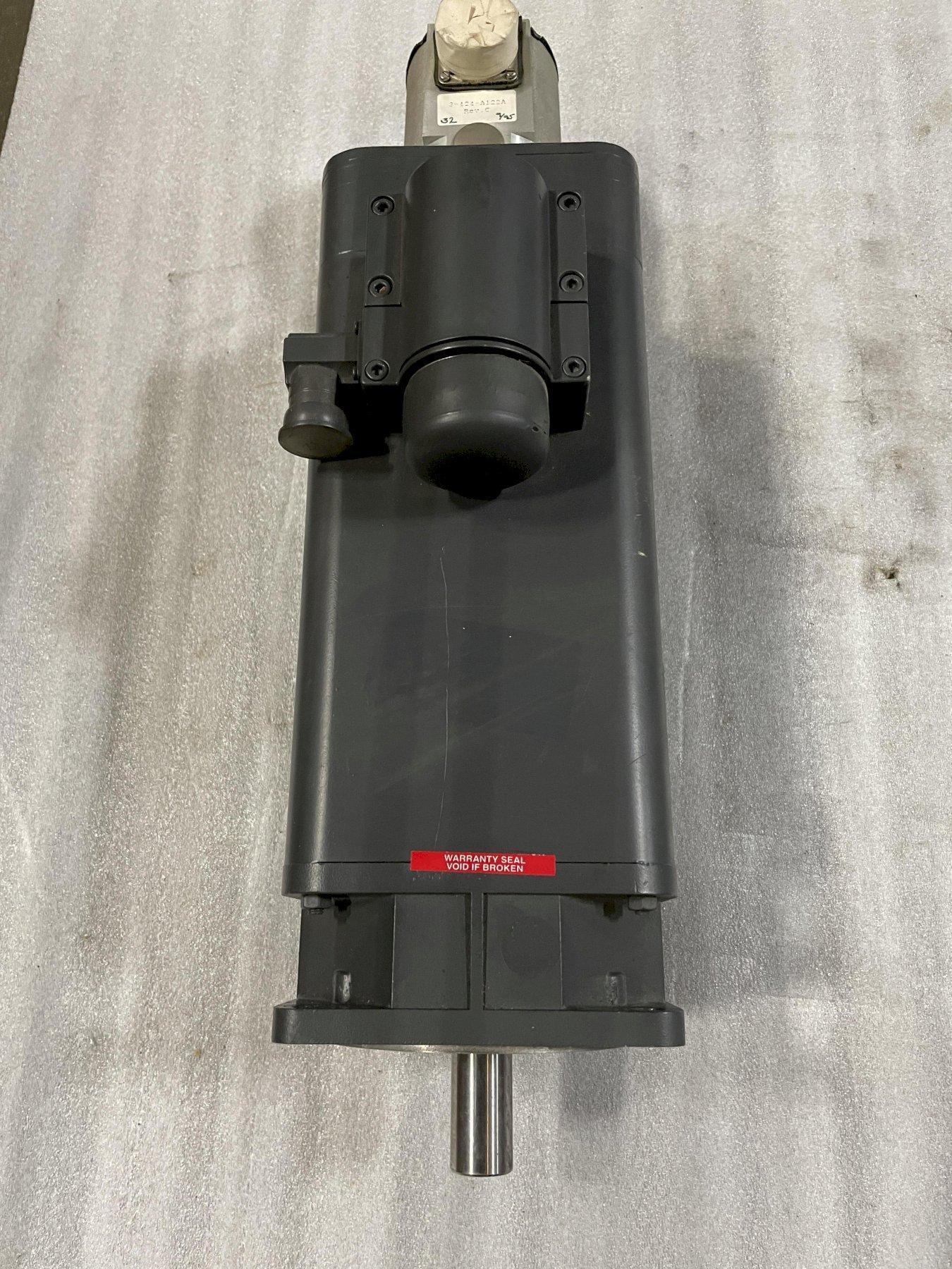 SIEMENS/CINCINNATI MILACRON SERVO MOTOR 1FT5072-0AC01-1-Z Milacron # E F894 2968 01 009. Use only with 6SC610 Drives.