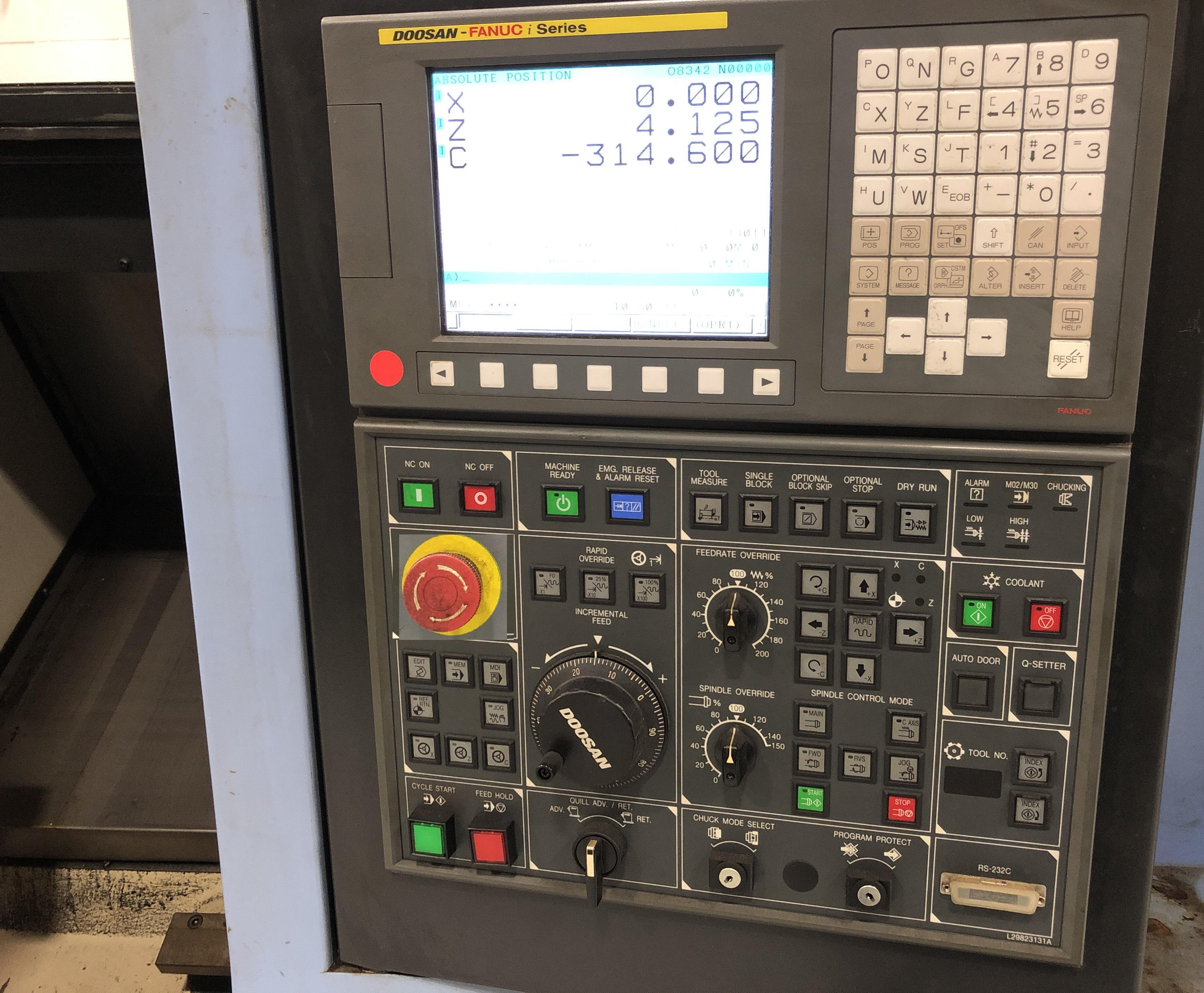 2011 DOOSAN Lynx 220LMA - CNC Horizontal Lathe