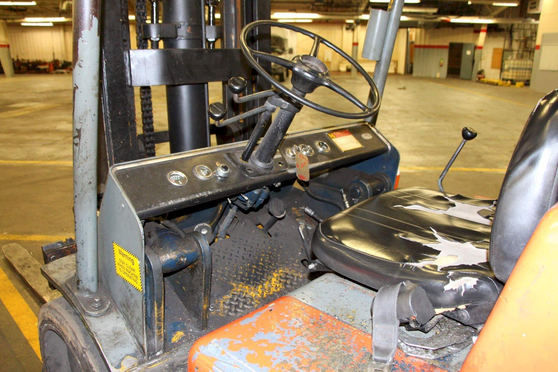 15,000 LBS HYSTER MODEL S150A LPG FORKLIFT: STOCK #69920