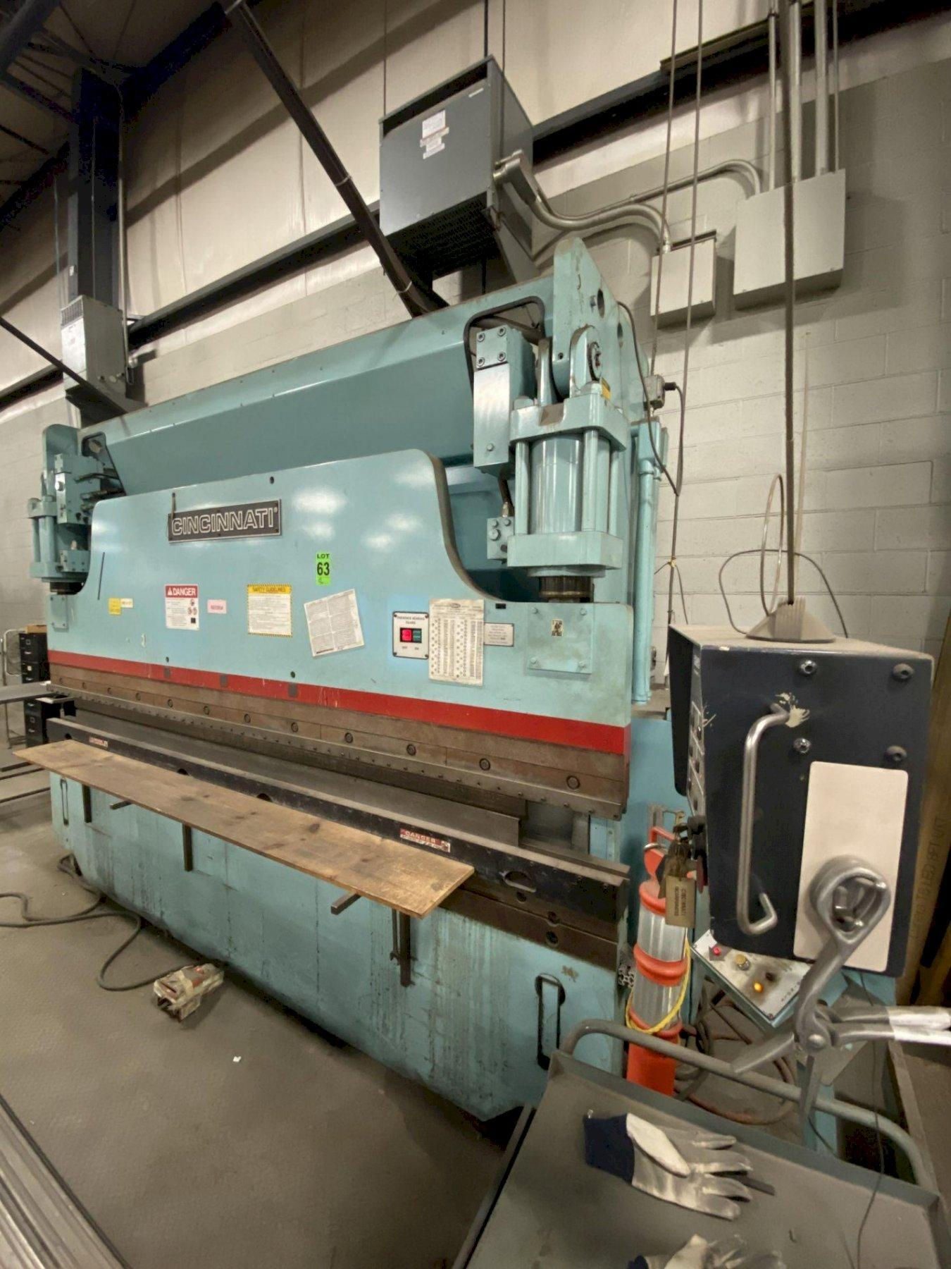 135 Ton x 12 ft. Cincinnati Hydraulic CNC Press Brake Model 135CBIIX10