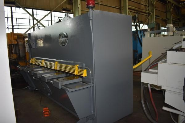 "10' x 1/2"" ATLANTIC HDS HYDRUALIC POWER SQUARING SHEAR"
