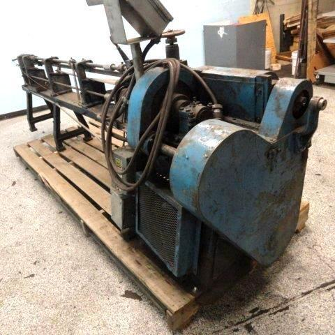 """1/4"""" Lewis 2C4 Straighten And Cut Machine"""