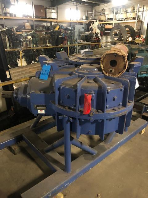 rebuilt b and p model 84700 100b 250hp gearbox s/n r-4759-2 and shaft