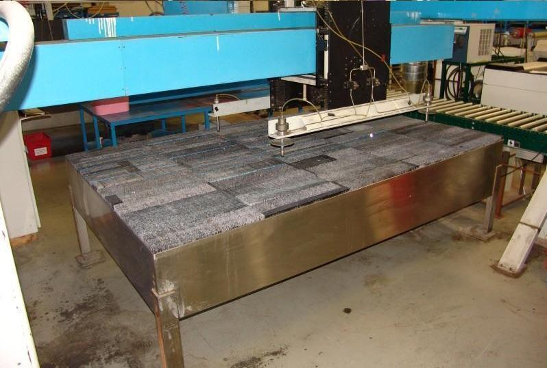 JET EDGEJet Edge 48XY Four-Head Water Only Waterjet Cutting System - New 1998