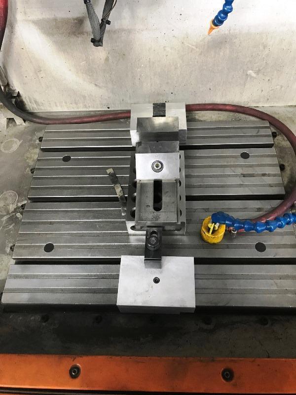 CHARMILLES ROBOFORM 31 4-AXIS CNC SINKER EDM