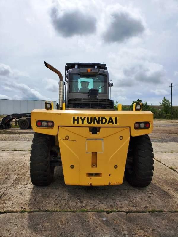 55,000 LB. HYUNDAI 250D-9 FORKLIFT