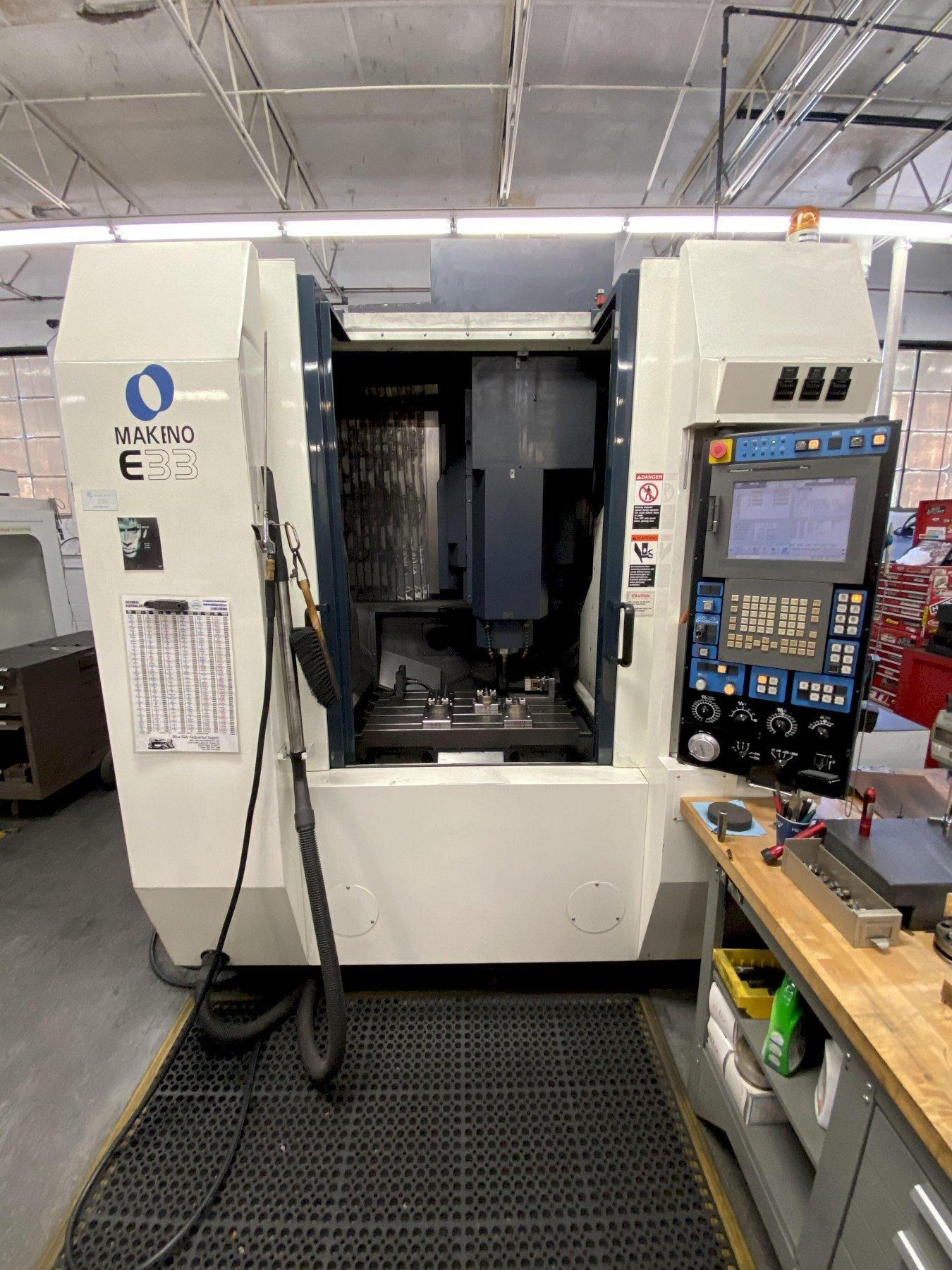 MAKINO E33 VERTICAL MACHINING CENTER