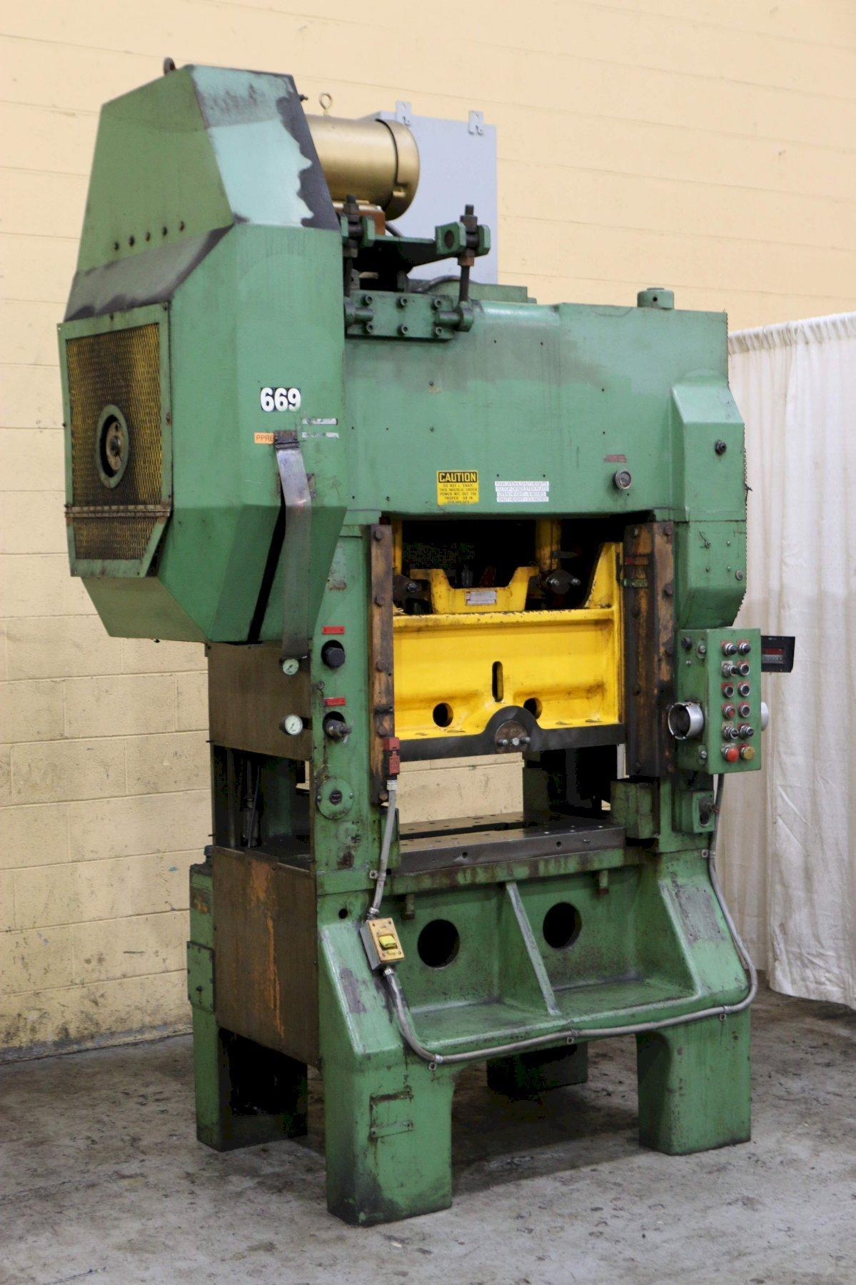 45 TON L & J SSDC PRESS: STOCK #71087