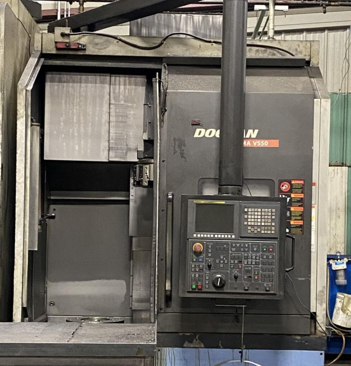 "Doosan Puma V550 CNC Vertical Lathe (2011), Fanuc i, 24"" Chuck, 31.5"" Swing, 50 HP, 12 Position Turret, 2000 RPM, 15.3""/30.7"" Travels"